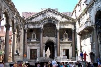 SPLIT - THE CITY OF EMPEROR DIOCLETIAN