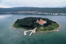 ISLAND KOŠLJUN –ETNOGRAPHIC CHURCHES AND MUSEUM